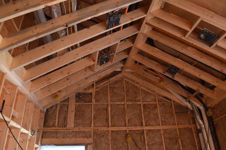 26 best images about vaulted ceilings on pinterest decks for Vaulted ceiling trusses