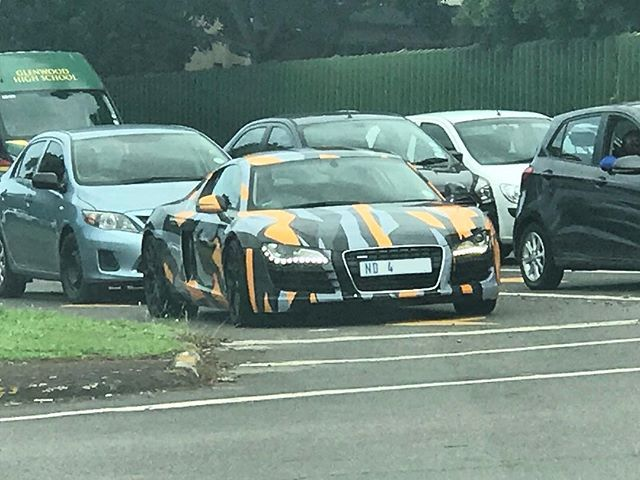 Would you believe it but @seanvanrooyen spotted a floating number plate down in Durban today    #ExoticSpotSA #Zero2Turbo #SouthAfrica #Audi #R8 #CamoWrap #Wrapped #Camouflage #Durban #Glenwood