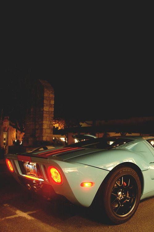 drugera:  Ford GT | Source |