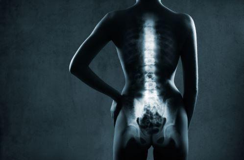 Apprenez à reconnaître les symptômes et les signes du cancer des os