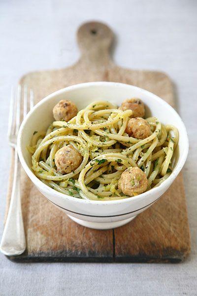 Pasta, limone, erbe e spada- pasta lemon, herbs and swordfish