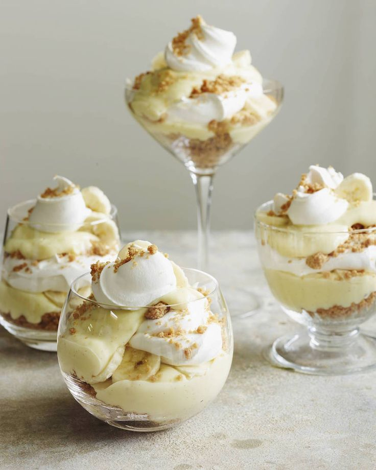 Banana Cream Pie Parfaits from www.whatsgabycooking.com The perfect summertime dessert! (@whatsgabycookin)