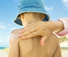 Sunscreen tips for young children