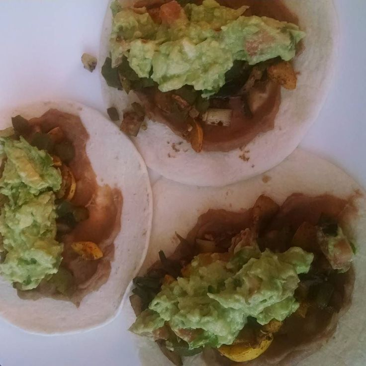 Tacos!!  When Aldi has avocados for 49 cents each you stock up and have guac at every meal! Yum!!  #whatveganseat #vegantacos #veganlunch