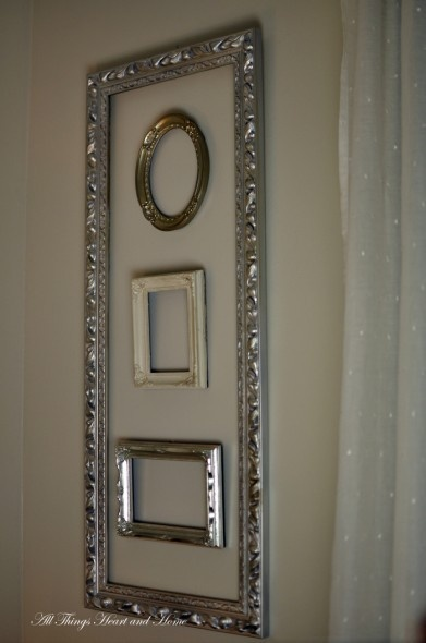 Decorating with empty vintage frames, inside of a frame!: Decor Ideas, Empty Vintage Pictures Frames, Empty Frames, Empty Pictures Frames, Vintage Frames, Frames Wall, Frames Ideas, A Frames, Frames Art