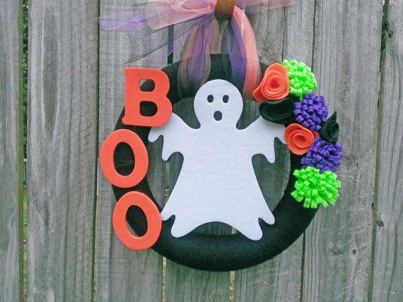 Halloween Wreath, Fall Wreath, Ghost Wreath--Black Halloween Yarn Wreath with Felt Ghost, BOO Wooden Letters and Felt Flowers