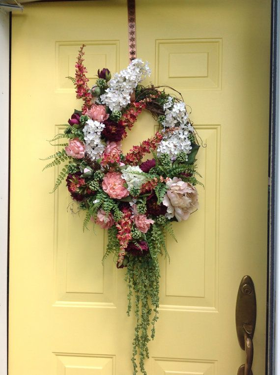 Oval floral wreath by madisonCornerGiftLLC on Etsy