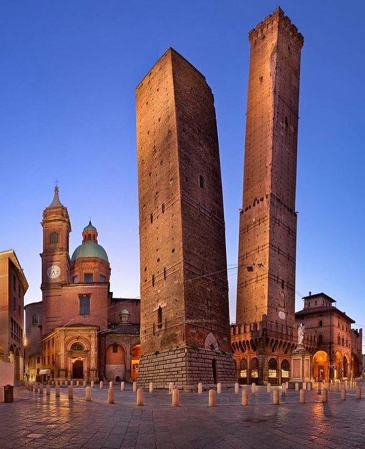 Bolonia, Italy