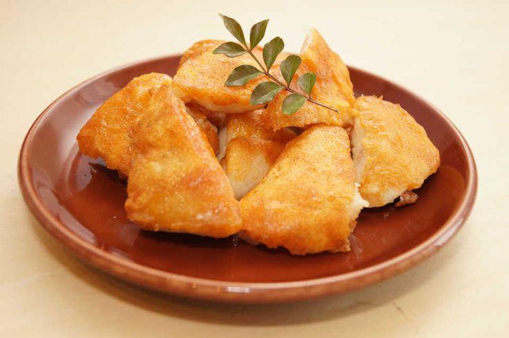 『カリカリチキン』の作り方 ▶分量(作りやすい量) 鶏肉 1枚 ピザ用チーズ 60g 片栗粉 大さじ1程度 塩胡椒 少々