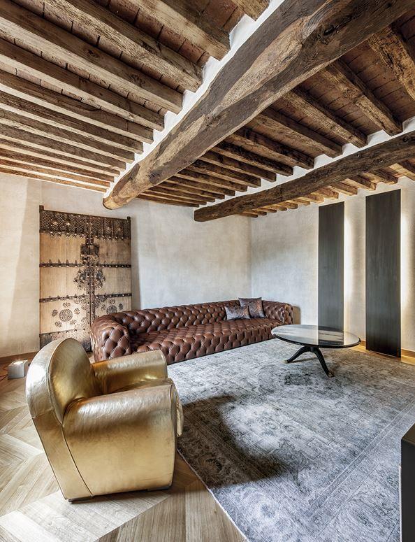 carnet casa architetti / appartamento rustico, crema