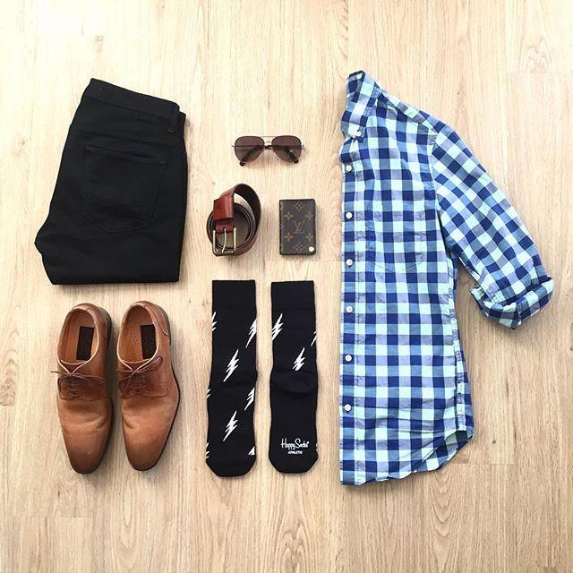 Weekend vibes with ⚡️ factor. Shirt: @jcrewmens Socks: @happysocks Jeans: @topman Shoes: Mercanti Fiorentini Wallet: @louisvuitton Belt: @bananarepublic • • • • • #menswear #menstyle #dapper #menwithstreetstyle #mensfashion #gq #ootd #mensstyle #lookbook #bananarepublic #jcrewmens #happysocks #topman