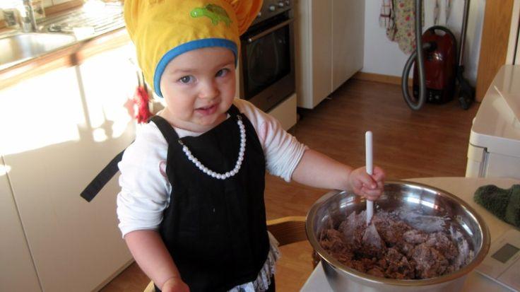 Olvia Grace Knapp making cookies    #christmas
