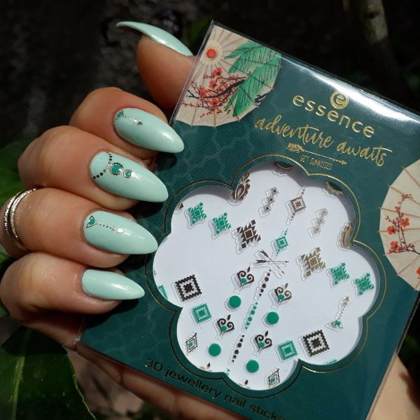 Essence Adventure Adwais Get Sunkissed Nail Stickers