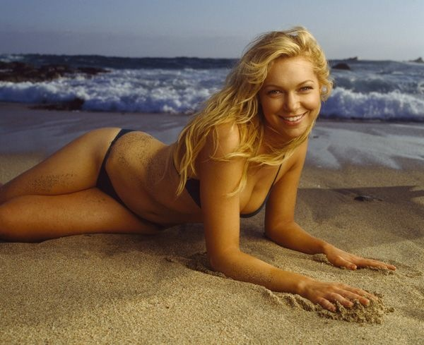 Laura prepon blonde naked very pity