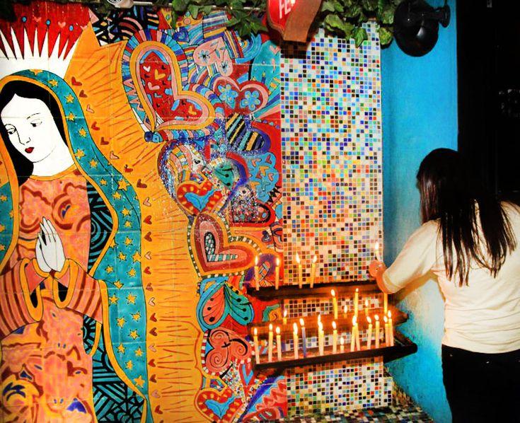 VoyeurDesign - Rincón Milagros, mágica saturación mexicana en un restaurante muy original