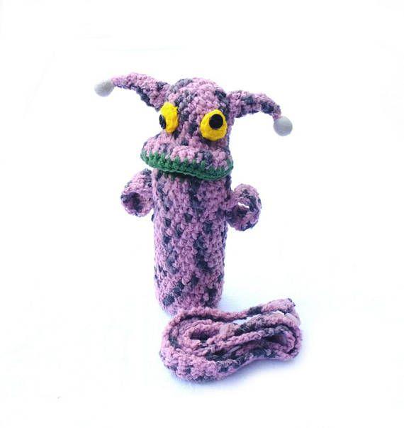 #Waterbottlecozy #Crochet #Funny #Alien #Bottlecarrier #Bottlesleeve #For kids #Crochetcozy #BottlecoverwithStrap #Bottleholder #GiftforKids