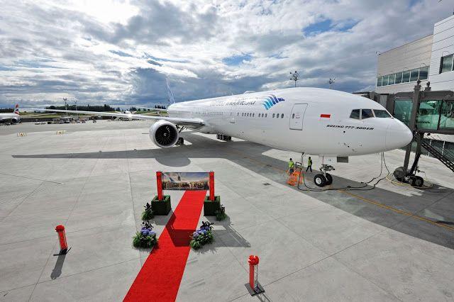 Garuda Indonesia Boeing 777-300ER At Apron Gate Aircraft Wallpaper 4023