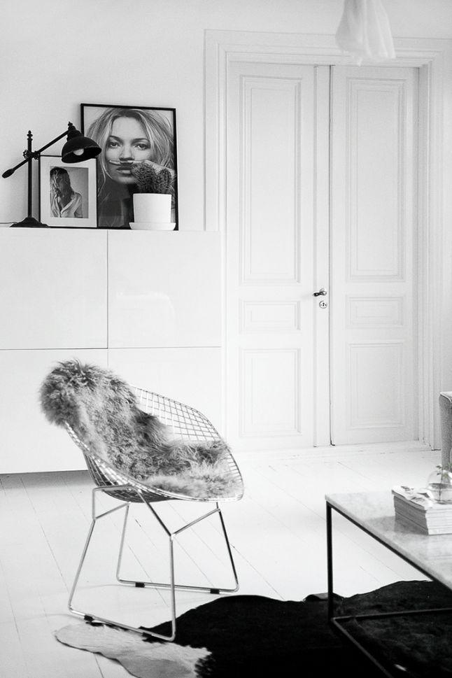 KS0 - voor meer interieur inspiratie kijk ook eens op http://www.wonenonline.nl (Nordic Furniture Designs)