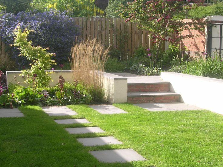 24 best split level back gardens images on pinterest for Small split level garden ideas