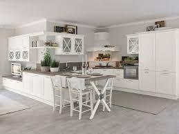 Oltre 25 fantastiche idee su Decorazione bancone da cucina su ...