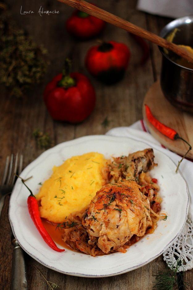 Mancare de varza cu pui reteta. Ingrediente si preparare mancare de varza. Varza cu pui la cuptor reteta. Reteta cu varza si carne de pui.
