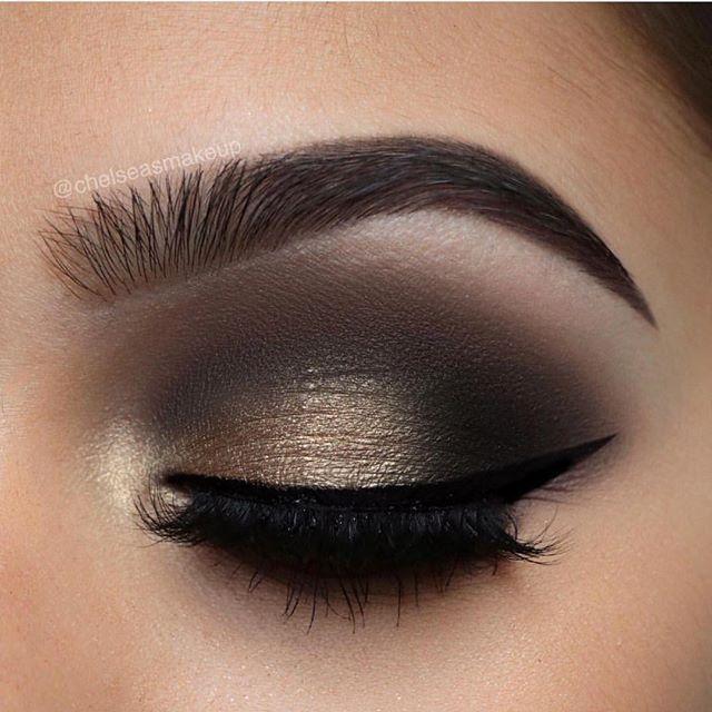 Black Smokey Eyes with Dark Lips Makeup Look ...