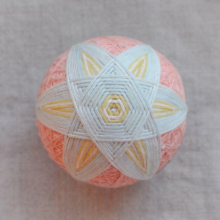 Temari by Temaricious or DIY kit : Spindle Pink