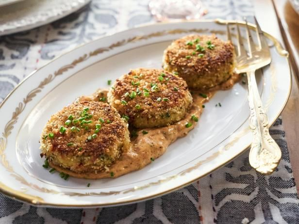 Get Crab Cakes with Spicy Remoulade Recipe from Cooking Channel