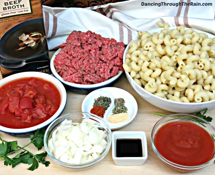 If you've been looking for a recipe for goulash with ground beef, this is a great one! My Old Fashioned Goulash recipe is budget friendly and easy. Perfect for dinner!