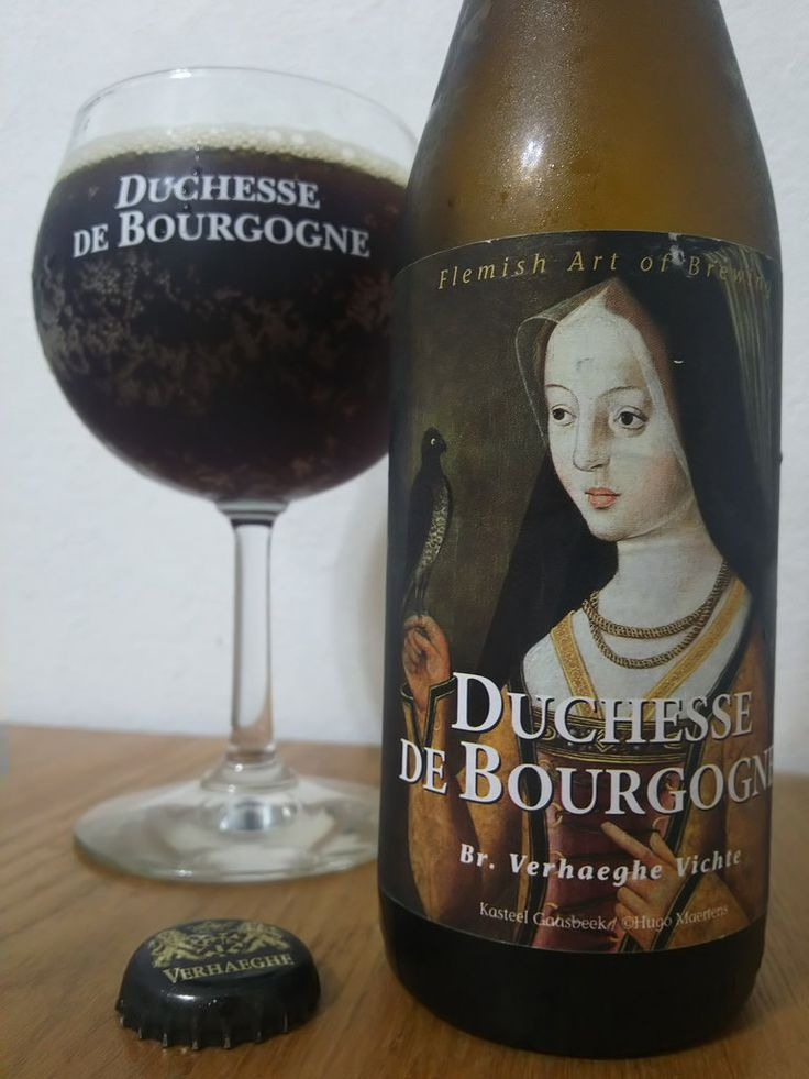 Duchesse de Bourgogne(Belge).  e33cl Alc.6.2%Vol. Brouwerij Verhaeghe Vichte Beukenhofstraat 96 B-8570 Vichte http://ift.tt/1Uzl3miOud Bruin (Dutch for old brown) is a traditional and very particular style of beer. Get their characteristic complexity and tart flavour from a maturation period in oak barrels. Pleasant acidity. Sweet and tart character. Pairings: Bouchées confit canard et figues; Boeuf braisé,champignons; Dattes farcies au chorizo, sauce vin rouge; Ailes de poulet BBQ.
