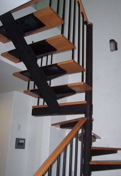 M s de 25 ideas incre bles sobre barandales de madera en for Escaleras en forma de u