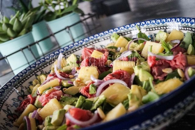Rosbief Salade met blauwe kaas dressing