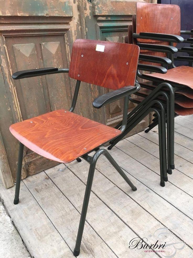 Industrieel Stoelen met armleuning stijl in Hout en Ijzer, Vintage, in Goede staat staat, te koop in Industrieel, Vintage stoelen | Burbri