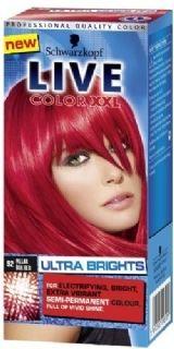 Live color XXL Ultra Brights 92 Pillar Box Red geeft een intensieve en heldere verkleuring op reeds geblondeerd haar en een een meer subtielere verkleuring op natuurlijk of geverfd haar.