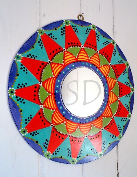 Mandalas decorativos con espejos.