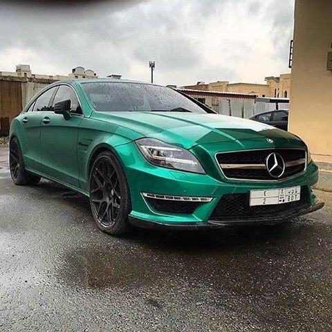 CLS63 AMG  [Mercedes-AMG CLS 63  Fuel consumption combined: 10,4 (l/100 km)   CO2 emission combined: 243 g/km]