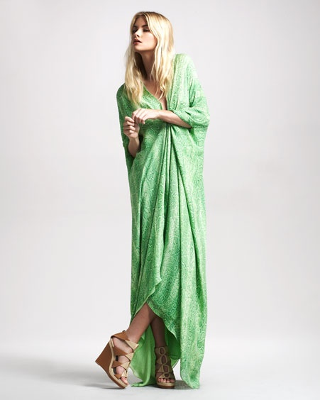 Roberto Cavalli Snake-Print Caftan GownCaftans Gowns, Snakeprint Caftans, Fashion Clothing, Cavalli Snakes Prints, Green Clothing, Cavalli Snakeprint, Snakes Prints Caftans, Roberto Cavalli, Closets Dreams
