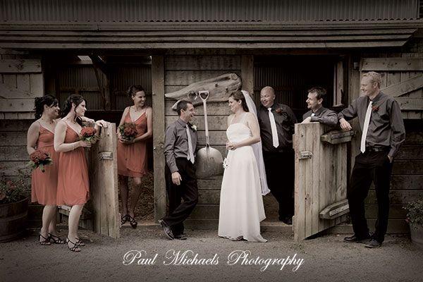 Bridal party at Sudbury Fields wedding venue. Wellington wedding venue. Photography by PaulMichaels http://www.paulmichaels.co.nz/