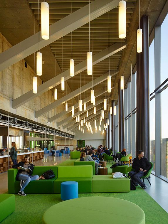 University of Amsterdam setting provides for learning in an open, airy and spacious space.