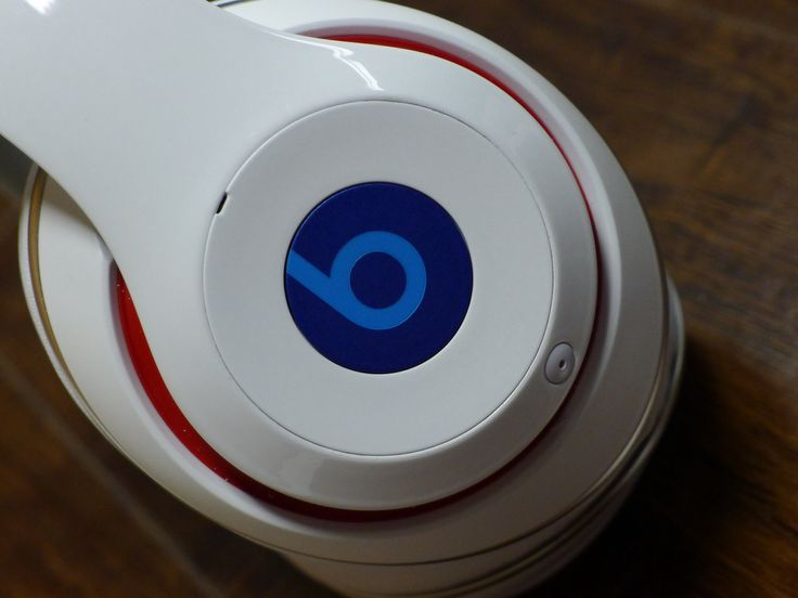 Kick back and relax with a pair of custom Beats headphones!
