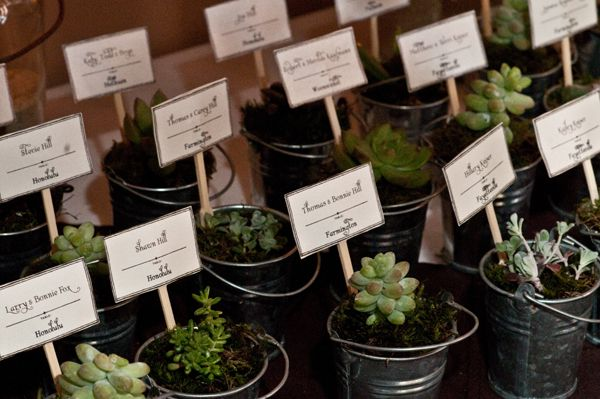 Little plant place cards that serve as favors too!