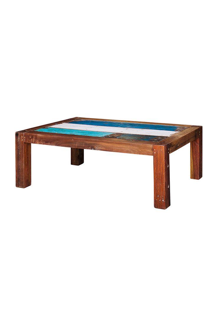 Кофейный столик, выполненная из старого индонезийского рыбацкого судна, с сохранением оригинальной окраски.