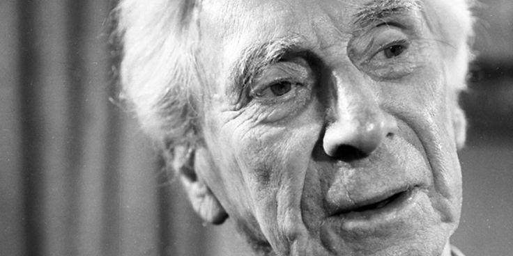 """""""Dünyadaki hiçbir şey ansızın gerçekleşen keşif veya icat anlarından daha heyecanlı değildir ve çoğu insan böylesi deneyimler yaşamaya bazen düşünülenden daha yatkındır.""""  Bertrand Russell (18 Mayıs 1872 - 2 Şubat 1970) insanlığın en berrak ve aydınlık beyinlerinden biridir. (İyi yaşamın"""" gerçekte"""