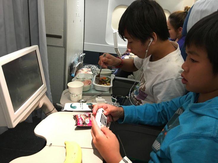 Korean Air @koreanairworld has #great #facilities ! - #imenehunes #fun #flight #playinggames #awesomeflight #flying #aviation #safeflight #relax #plane #koreanair #koreanairlines #airplane #exciting #awesomeride #lovekoreanair
