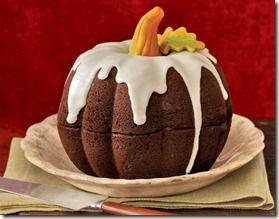 Pumpkin bundt cake!!