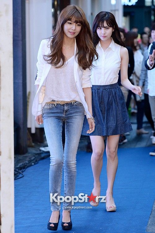 Girls Generation(SNSD) Sooyoung, Seohyun Attend TOMMY HILFIGER