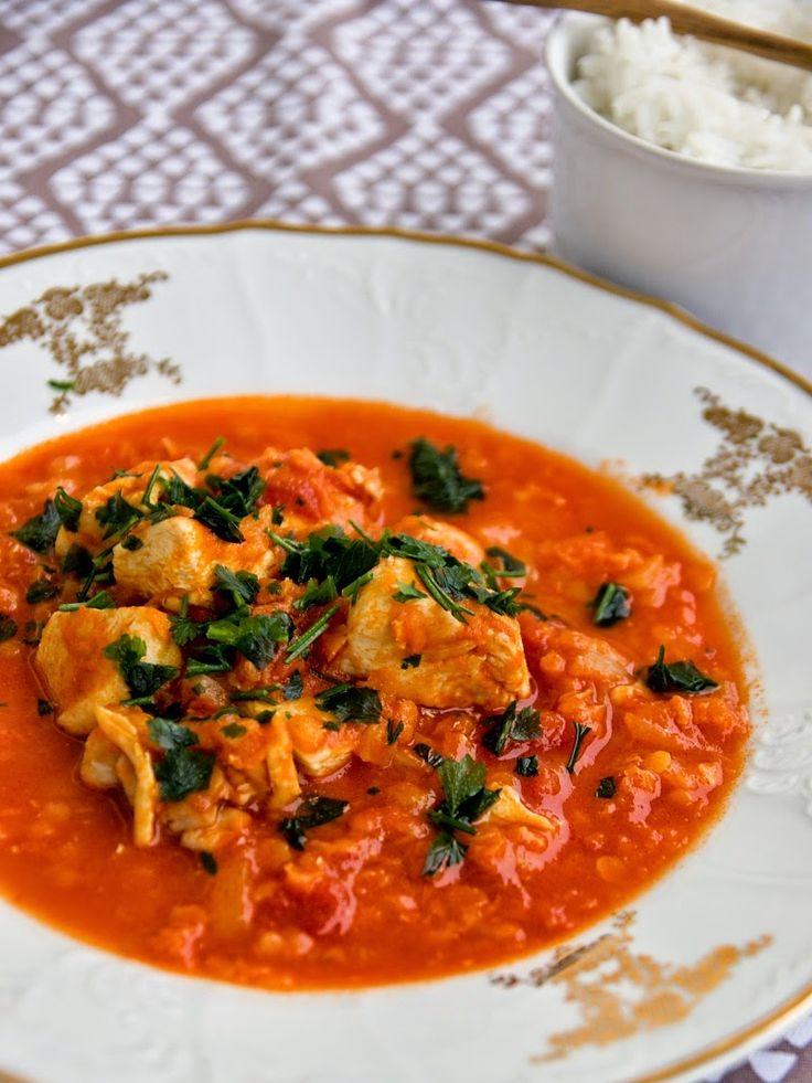 Pradobroty: Kuřecí dušené s rajčaty a červenou čočkou