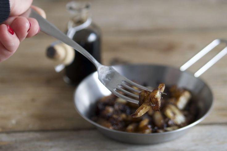 I finocchi in agrodolce sono un contorno sfizioso ed insolito, ottimo a temperatura ambiente.