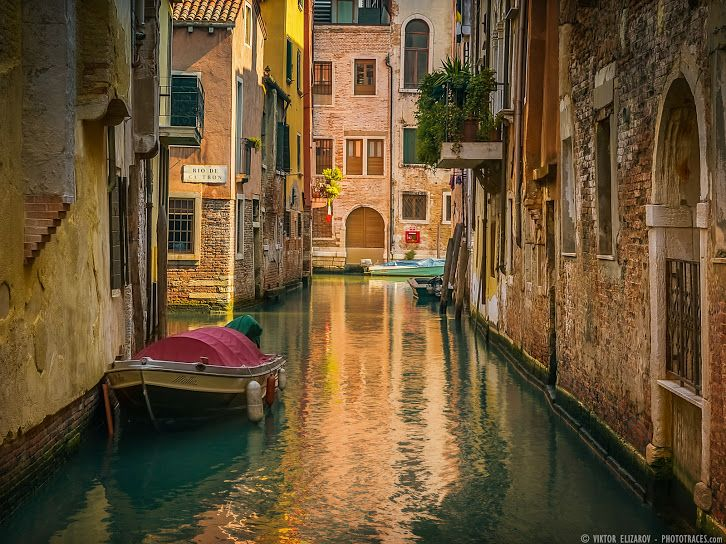Rio De Ca'Tron in Venice (Italy) Check how photo looked straight from the camera, how it was taken and processed -->http://www.phototraces.com/deconstructing-photo/rio-de-catron-in-venice-italy/