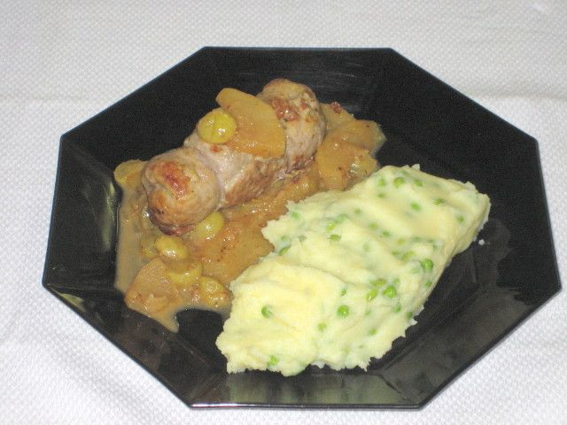 My Food, Garden, Golf etc.: Pork Rouladen with Grapes and Apple Sauce